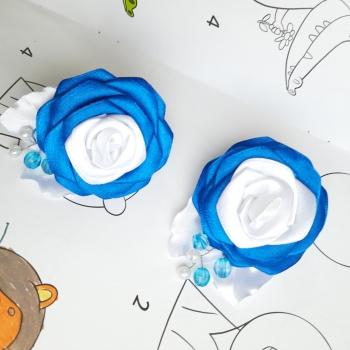 Резинки роза атлас сине белая