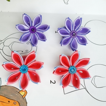 Резинки маленькие цветочек атлас